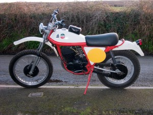 Laverda with fresh MOT 280112